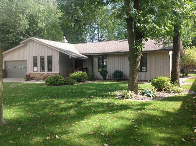 1157 Woodland Drive, Menasha, WI 54952 (#50192641) :: Symes Realty, LLC