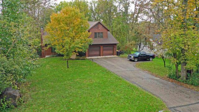 555 Timber Drive, Waupaca, WI 54981 (#50192930) :: Dallaire Realty
