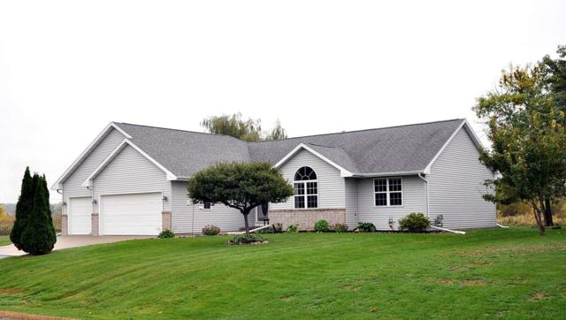 5709 W Hearthstone Drive, Appleton, WI 54915 (#50192957) :: Todd Wiese Homeselling System, Inc.
