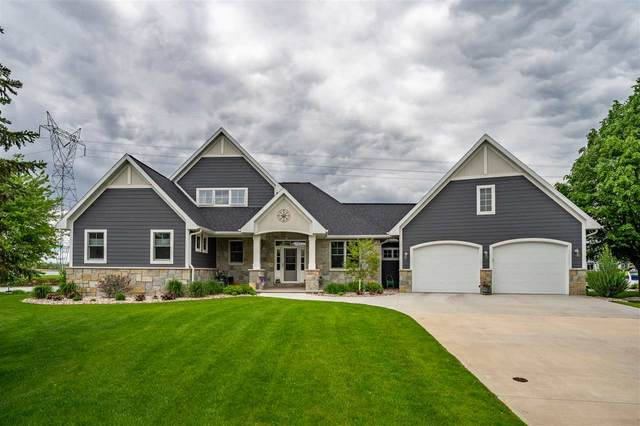 270 Sunset Lane, Winneconne, WI 54986 (#50193384) :: Todd Wiese Homeselling System, Inc.