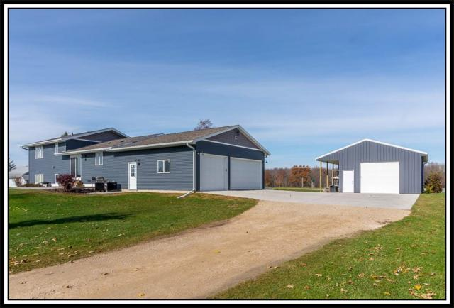 718 E Fairview Drive, New London, WI 54961 (#50194286) :: Todd Wiese Homeselling System, Inc.