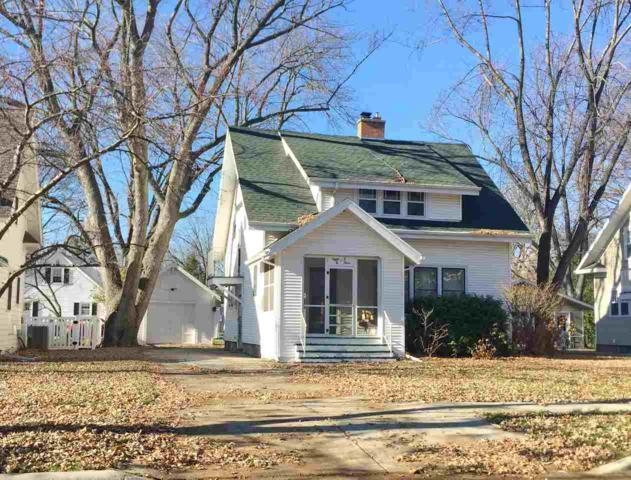 803 Lawton Place, De Pere, WI 54115 (#50194791) :: Todd Wiese Homeselling System, Inc.