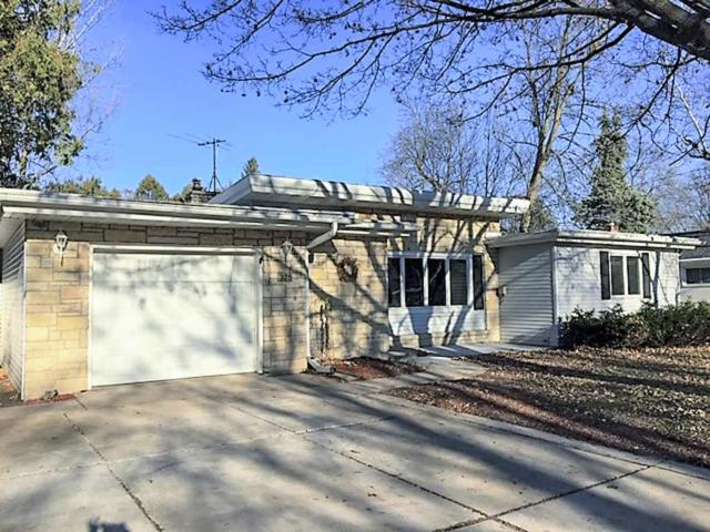325 Dauphin Street, Green Bay, WI 54301 (#50194845) :: Todd Wiese Homeselling System, Inc.