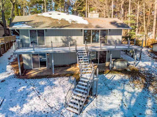 N2878 Island View Drive, Clintonville, WI 54929 (#50194909) :: Dallaire Realty