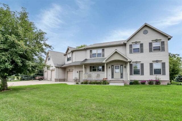 2952 Crab Apple Lane, Green Bay, WI 54311 (#50194994) :: Dallaire Realty