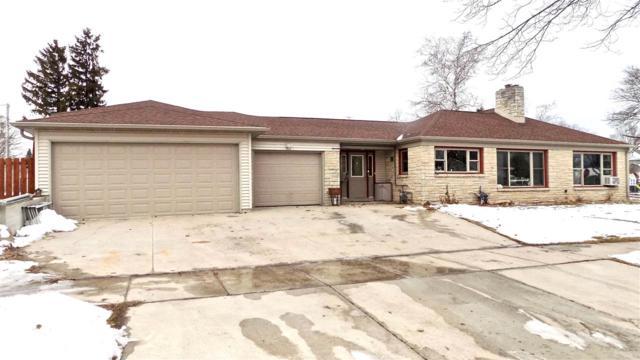 719 2ND Street, Kewaunee, WI 54216 (#50196378) :: Todd Wiese Homeselling System, Inc.