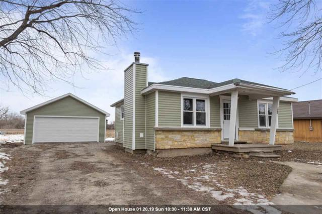 599 Hunters Point Road, Neenah, WI 54956 (#50196522) :: Dallaire Realty