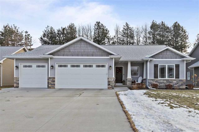 4748 N Indigo Lane, Appleton, WI 54913 (#50196684) :: Todd Wiese Homeselling System, Inc.