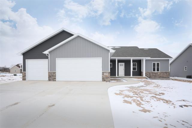 2078 W Arrow Court, Appleton, WI 54913 (#50196970) :: Todd Wiese Homeselling System, Inc.