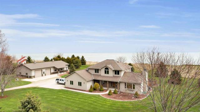 17909 Lakeshore Road, Two Rivers, WI 54241 (#50197109) :: Symes Realty, LLC