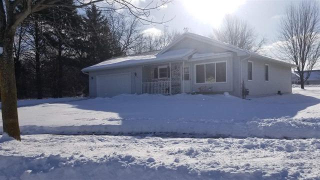 994 Crescent Avenue, Fond Du Lac, WI 54935 (#50197230) :: Dallaire Realty