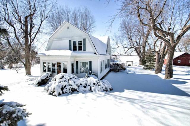 8331 Hwy M, Larsen, WI 54947 (#50197521) :: Todd Wiese Homeselling System, Inc.