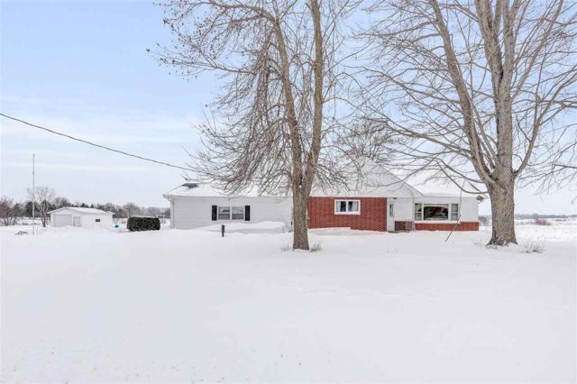 N6270 Hwy 47, Black Creek, WI 54106 (#50197875) :: Todd Wiese Homeselling System, Inc.