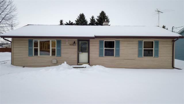 953 Marquette Street, Menasha, WI 54952 (#50198609) :: Todd Wiese Homeselling System, Inc.