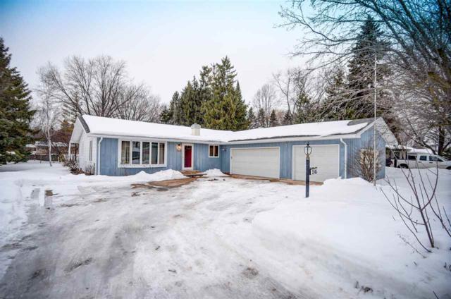 3145 N Morrison Street, Appleton, WI 54911 (#50198780) :: Todd Wiese Homeselling System, Inc.