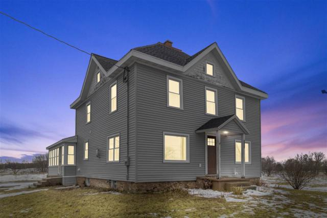 1046 Cold Spring Road, Neenah, WI 54956 (#50199144) :: Todd Wiese Homeselling System, Inc.