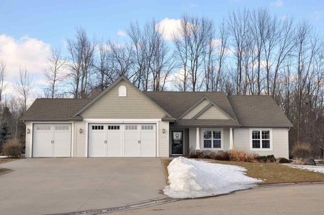 W7246 Dover Court, Greenville, WI 54942 (#50199236) :: Dallaire Realty