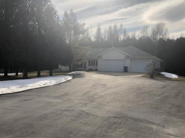 N2545 Church Road, Kewaunee, WI 54216 (#50199580) :: Dallaire Realty