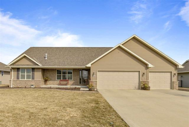 N2242 Hillandale Drive, Greenville, WI 54942 (#50199768) :: Todd Wiese Homeselling System, Inc.
