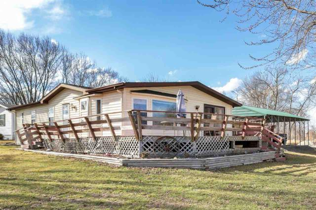 7796 Maple Lane, Fremont, WI 54940 (#50200522) :: Dallaire Realty