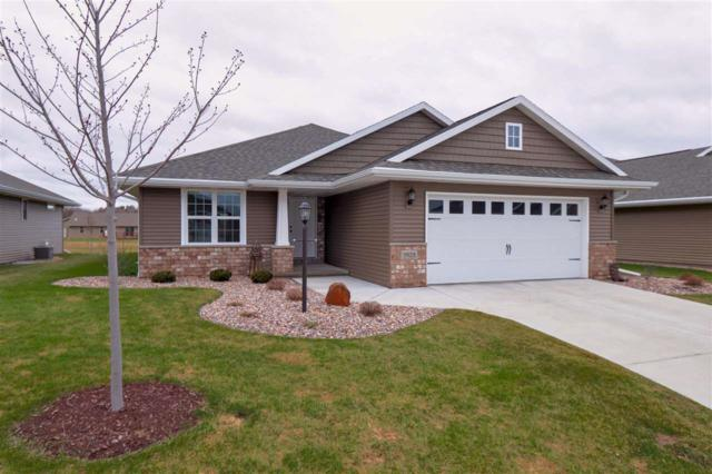 3825 Shore Crest Lane, Green Bay, WI 54311 (#50201080) :: Todd Wiese Homeselling System, Inc.