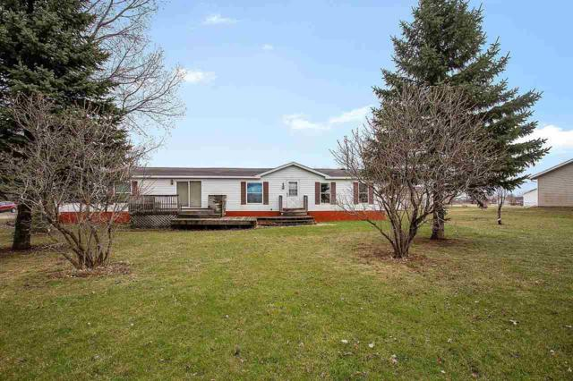 W2091 Stanelle Road, Brillion, WI 54110 (#50201212) :: Todd Wiese Homeselling System, Inc.