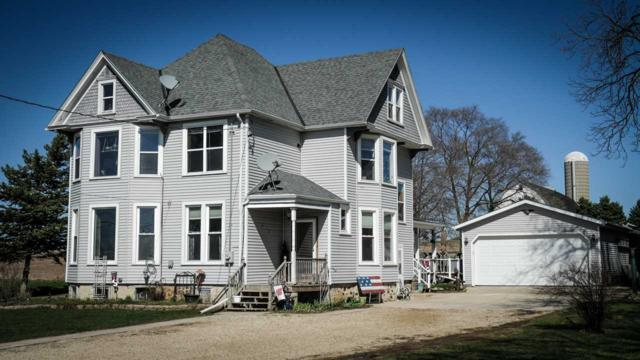 6928 Hwy W, West Bend, WI 53090 (#50201437) :: Todd Wiese Homeselling System, Inc.