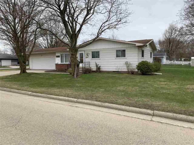 616 E Elizabeth Street, Shawano, WI 54166 (#50202349) :: Todd Wiese Homeselling System, Inc.