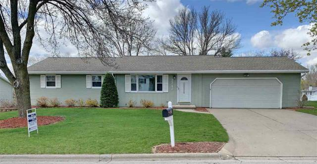 2242 Hilltop Drive, Green Bay, WI 54313 (#50202556) :: Dallaire Realty