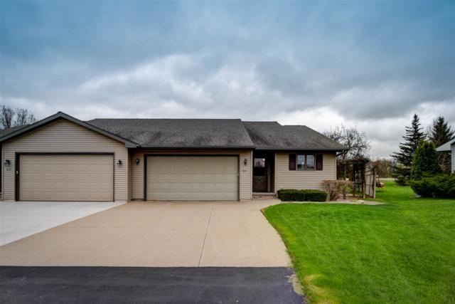 N510 Sonny Court, Appleton, WI 54915 (#50202562) :: Todd Wiese Homeselling System, Inc.