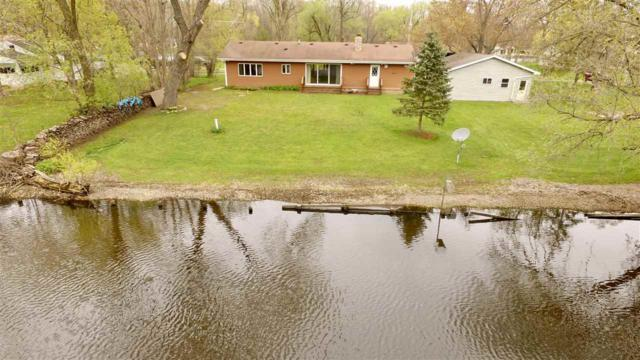 8075 Island Avenue, Omro, WI 54963 (#50202629) :: Dallaire Realty