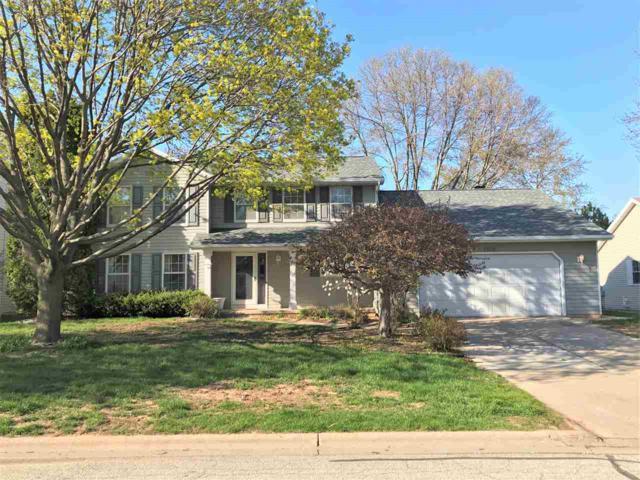 1302 View Lane, Green Bay, WI 54313 (#50202755) :: Symes Realty, LLC