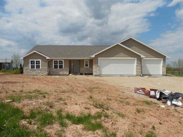 205 Aubrey Court, New London, WI 54961 (#50202855) :: Dallaire Realty