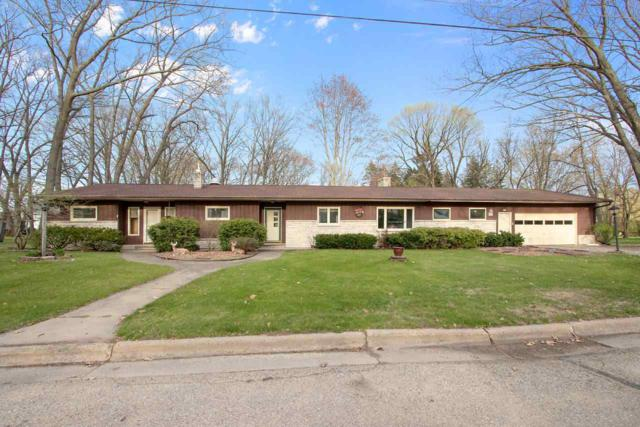 438 S Milwaukee Avenue, Oconto Falls, WI 54154 (#50202888) :: Todd Wiese Homeselling System, Inc.