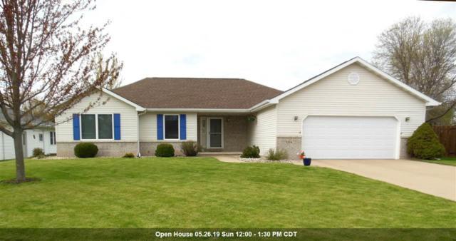 1224 W Woodstone Drive, Appleton, WI 54914 (#50202941) :: Todd Wiese Homeselling System, Inc.