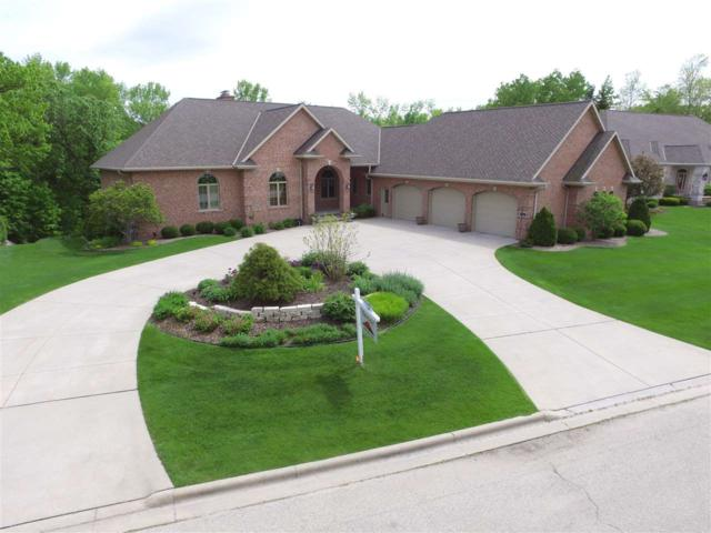 1431 Finch Lane, Green Bay, WI 54313 (#50203014) :: Todd Wiese Homeselling System, Inc.