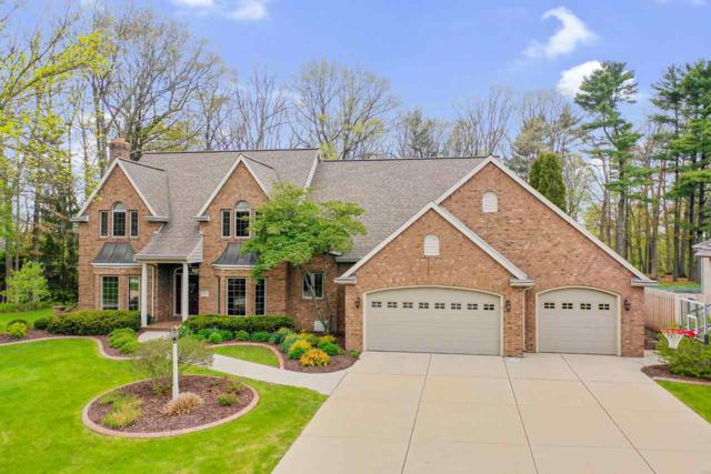 110 Stonebridge Court, Green Bay, WI 54313 (#50203599) :: Todd Wiese Homeselling System, Inc.