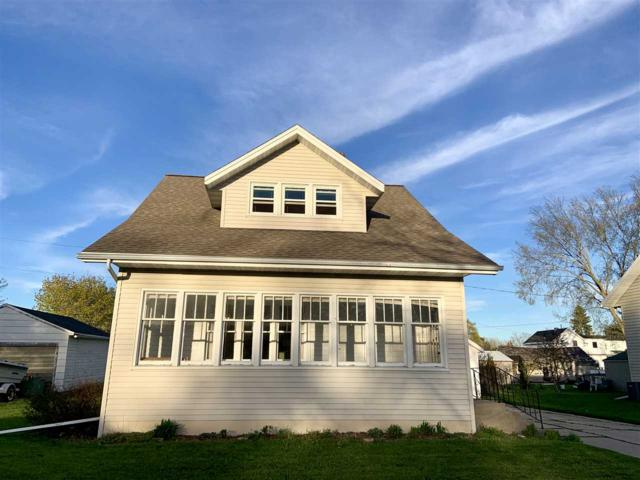 406 2ND Street, Kewaunee, WI 54216 (#50203656) :: Todd Wiese Homeselling System, Inc.