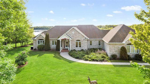 1304 Raebrooke Lane, De Pere, WI 54115 (#50203929) :: Todd Wiese Homeselling System, Inc.