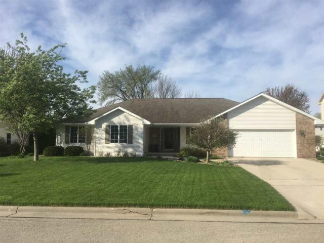 1942 Paint Horse Trail, De Pere, WI 54115 (#50204137) :: Todd Wiese Homeselling System, Inc.