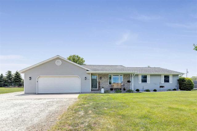 3922 Metzler Court, New Franken, WI 54229 (#50204842) :: Todd Wiese Homeselling System, Inc.