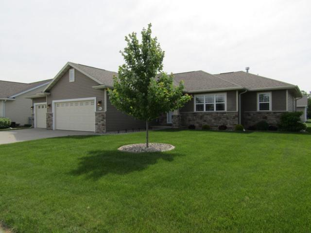 N9023 Papermaker Pass, Menasha, WI 54952 (#50205253) :: Dallaire Realty