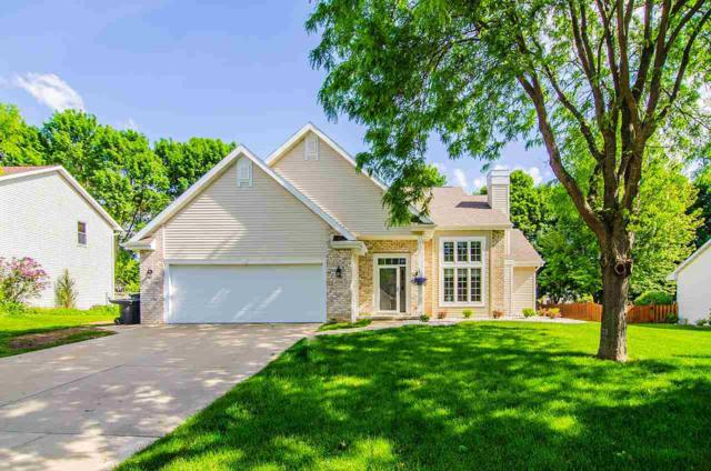3116 Mercedes Drive, Green Bay, WI 54313 (#50205692) :: Todd Wiese Homeselling System, Inc.