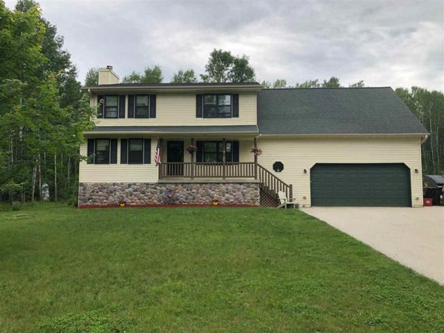 1615 Locust Road, Little Suamico, WI 54141 (#50206081) :: Symes Realty, LLC