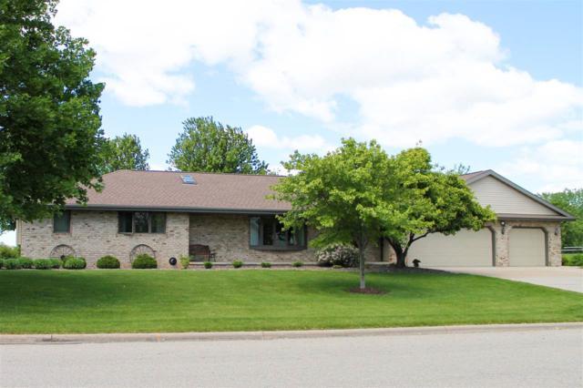 N4277 Oak Lane, Freedom, WI 54130 (#50206209) :: Todd Wiese Homeselling System, Inc.