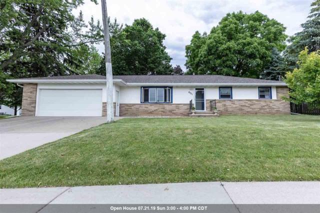 4721 N Meade Street, Appleton, WI 54913 (#50206211) :: Dallaire Realty