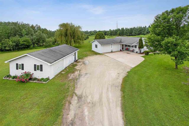 7567 Feest Road, Sturgeon Bay, WI 54235 (#50206309) :: Dallaire Realty