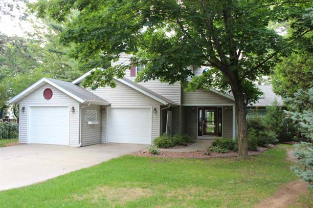 E6010 South Shore Drive, Weyauwega, WI 54983 (#50206334) :: Dallaire Realty