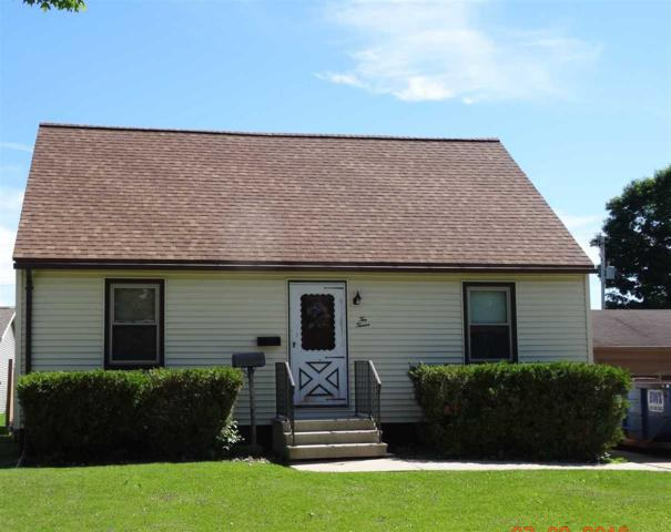 1012 Center Street, Kewaunee, WI 54216 (#50206388) :: Dallaire Realty