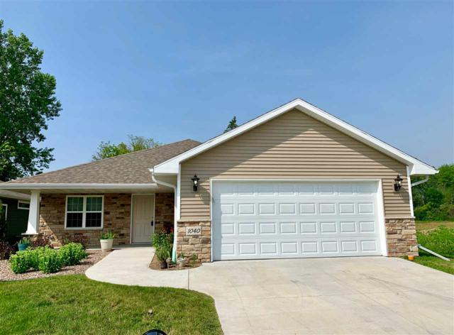 1040 W Cecilia Court, Appleton, WI 54913 (#50206456) :: Todd Wiese Homeselling System, Inc.